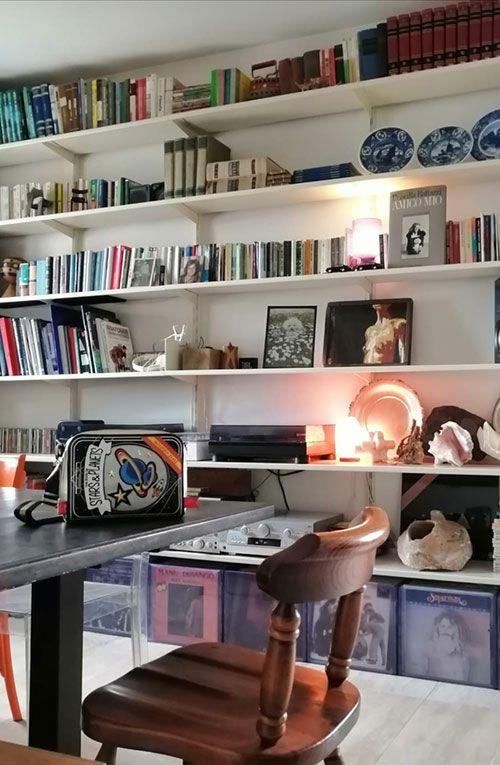 Continua bookcase in a private residence